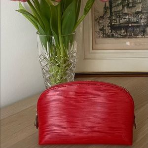 Louis Vuitton Pochette Cosmetique EPI Leather Red